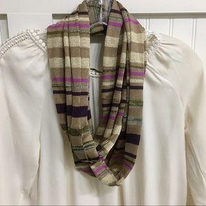 3/$30 Like new infinity scarf